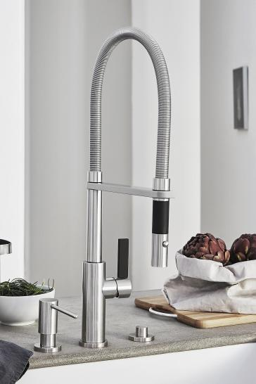 California Faucets K51-150 Corsano Culinary Pull-out Kitchen Faucet ...
