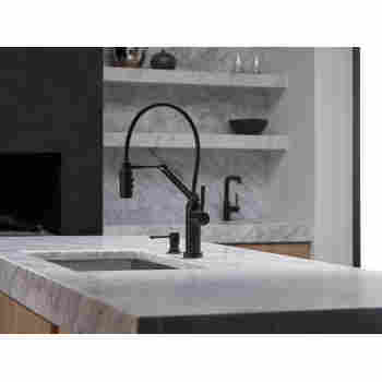 Solna Kitchen Faucet with Smart Touch Technology