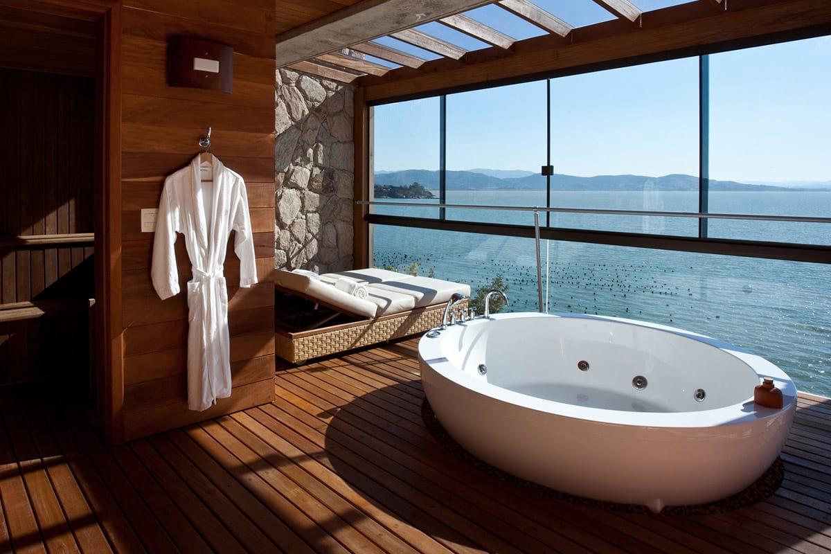 The Best Hotel Bathtub Views | QualityBath.com Discover