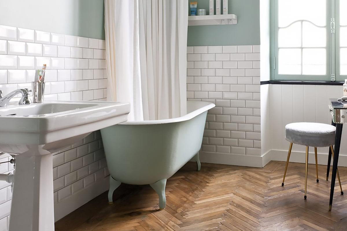 Clawfoot Tubs: Everything You Need to Know | QualityBath.com Discover