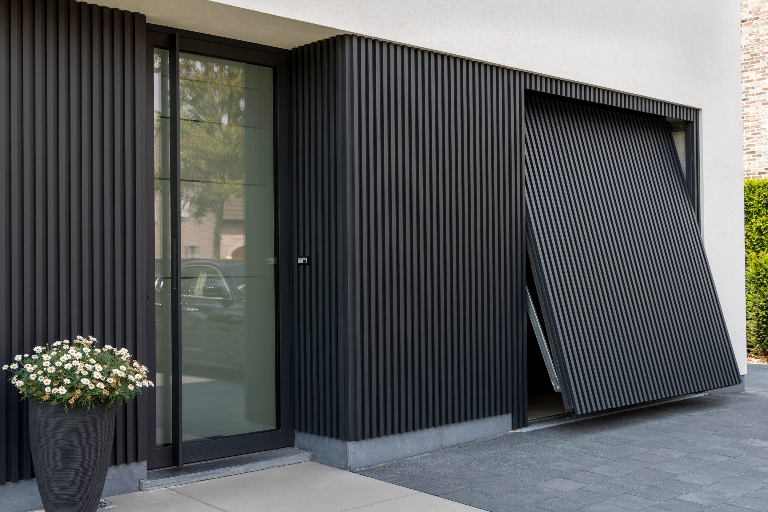 Cool Amp Creative Garage Doors Qualitybath Com Discover